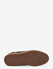 Hummel - HB TEAM SUEDE - laag sneakers - peacoat - 4