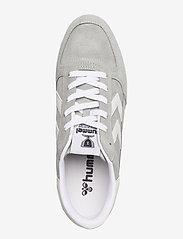 Hummel - VICTORY - laag sneakers - grey - 3