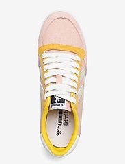 Hummel - SLIMMER STADIL LOW - laag sneakers - cloud pink - 3