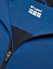 Hummel - AUTH. CHARGE MICRO ZIPJKT W - treenitakit - true blue - 2