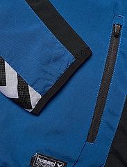 Hummel - AUTH. CHARGE MICRO ZIPJKT W - treenitakit - true blue - 3