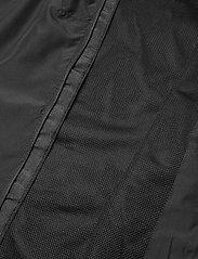 Hummel - AUTH. CHARGE FUNCTIONAL JACKET - windbreaker - black/black - 6