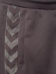 Hummel - HMLKICK PANTS - sweatpants - sparrow - 4