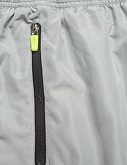 Hummel - hmlMAGNUS LOOSE PANTS - spodnie treningowe - quarry - 3