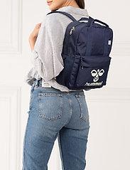 Hummel - hmlJAZZ BACK PACK - plecaki - black iris - 0