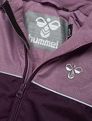 Hummel - hmlSNOOPY SNOWSUIT - snowsuit - blackberry wine - 4