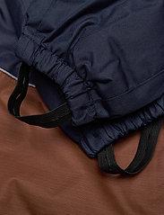 Hummel - hmlSNOOPY SNOWSUIT - snowsuit - black iris - 2