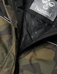 Hummel - hmlWEST JACKET - insulated jackets - olive night/ ecru olive - 4