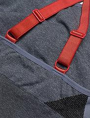 Hummel - hmlSKY SEAMLESS SPORTS TOP - sport bras: medium - black/faded denim - 3