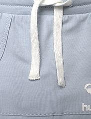 Hummel - hmlFUTTE PANTS - sweatpants - blue fog - 3