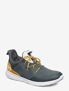 ACTUS TRAINER - URBAN CHIC