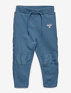hmlOLE PANTS - sweatpants - stellar