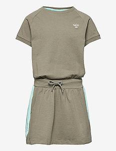 hmlSUNNY DRESS S/S - kleider - vetiver