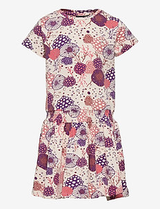 hmlCORAL DRESS S/S - kleider - mother of pearl