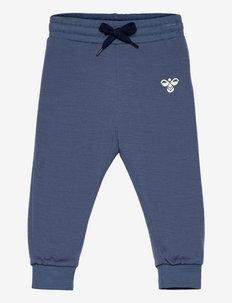 hmlDALLAS PANTS - sports pants - china blue