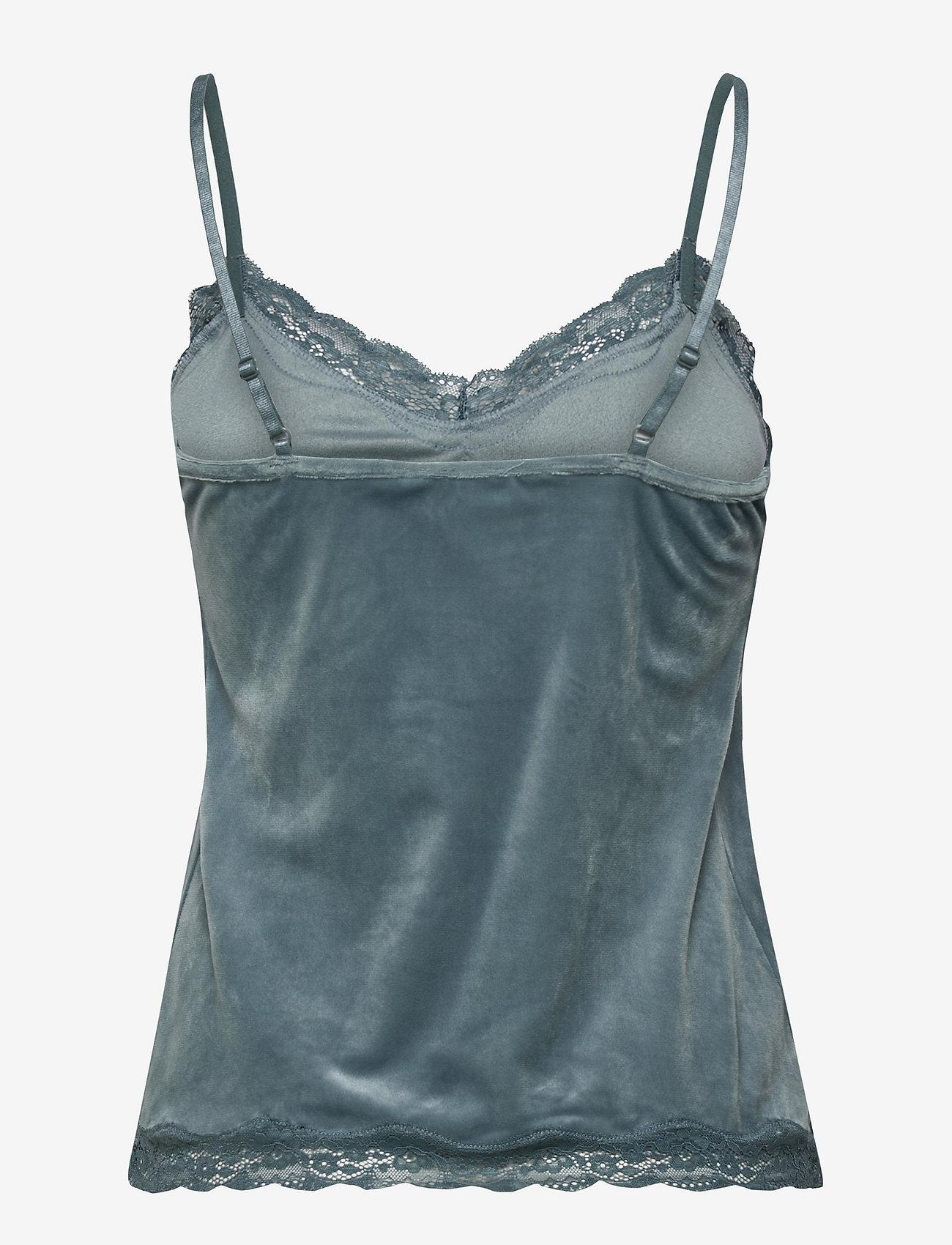 Hunkemöller - Cami Velours Scallop Lace - tops - goblin blue - 1