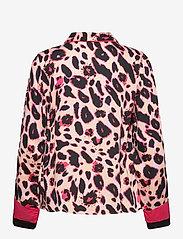 Hunkemöller - Jacket LS Woven Bright Leopard - tops - spanish villa - 1