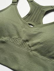 Hunkemöller - The Comfort L1 2.0 - sports bras - four leaf clover - 2
