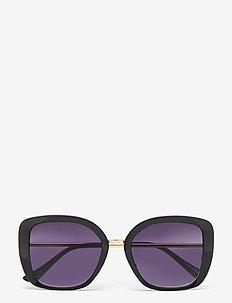 Black Sunglasses - d-shaped - black