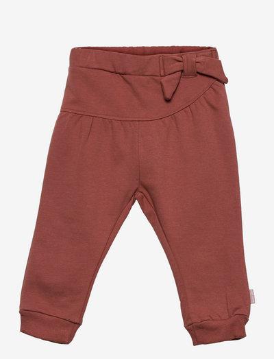 Tilje - Pants - hosen - red clay