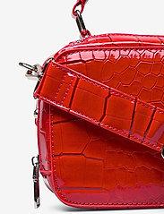 HVISK - BLAZE CROCO - handväskor - red - 3