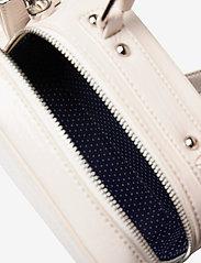 HVISK - BLAZE GLOSSY - handväskor - white - 3