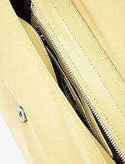 HVISK - BILLOW NYLON - väskor - lime green - 3