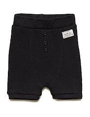 Ly Shorts