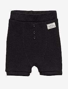 Ly shorts - BLACK