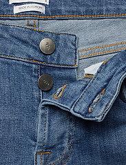 IBEN - Frankie Girlfriend - straight jeans - medium blue - 3