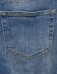 IBEN - Frankie Girlfriend - straight jeans - medium blue - 4