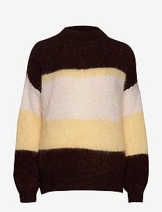 Albert Sweater AWN - pulls - soil