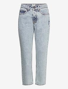 Terrence Tomboy Jean - mom jeans - vintage blue