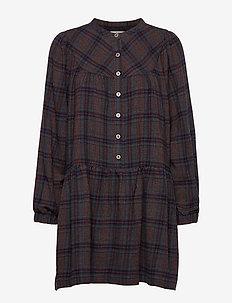 Camden Dress WP - skjortekjoler - outer space