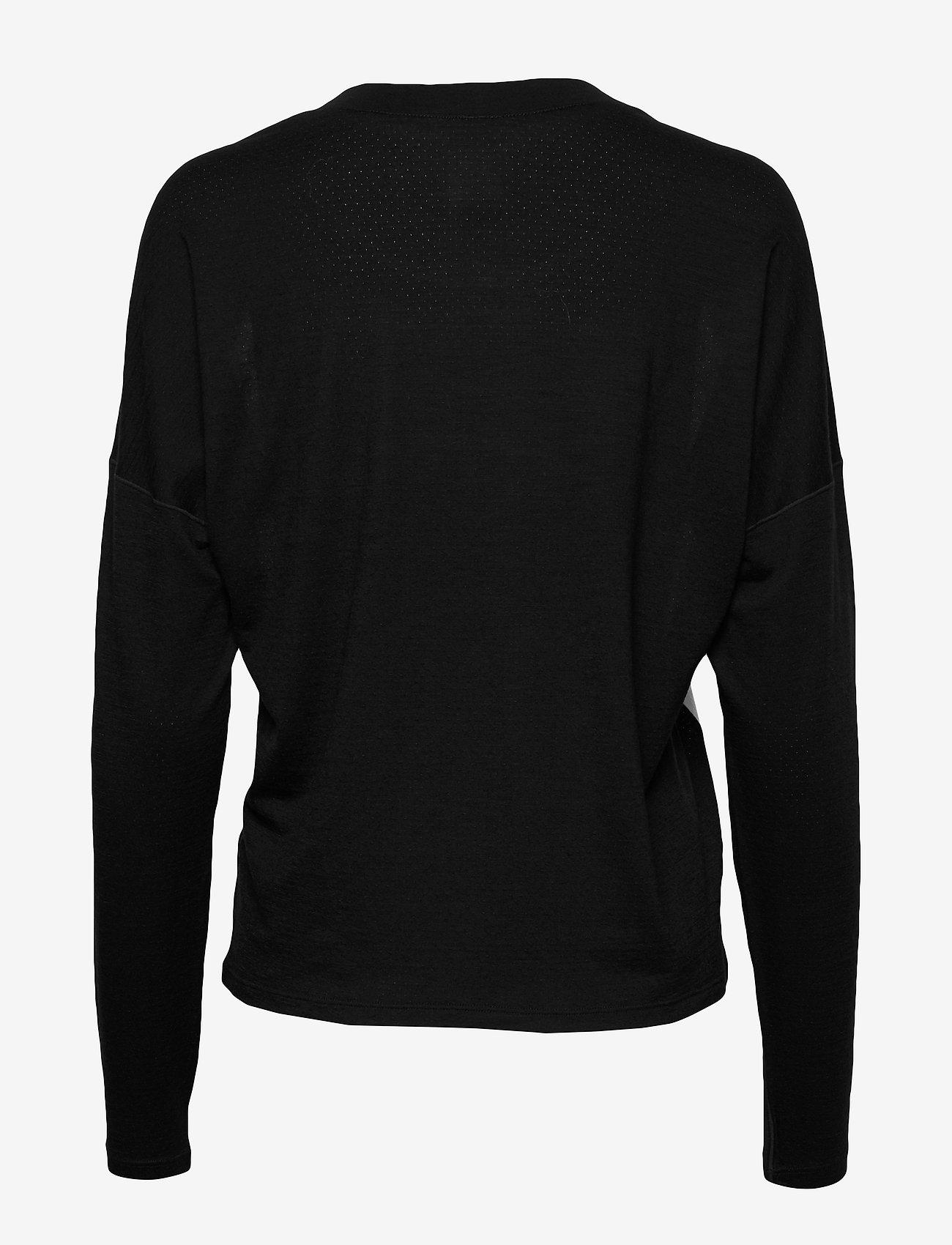 Icebreaker - Wmns Kinetica LS Crewe - långärmade tröjor - snow/black - 1