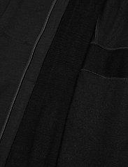 Icebreaker - M Quantum II LS Zip Hood - fleece - black - 6