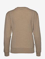 Icebreaker - Wmns Nature Dye Drayden LS Crewe - långärmade tröjor - almond - 1