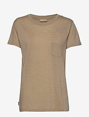 Icebreaker - Wmns Nature Dye Drayden SS Pocket Crewe - t-shirts - almond - 0