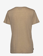 Icebreaker - Wmns Nature Dye Drayden SS Pocket Crewe - t-shirts - almond - 1