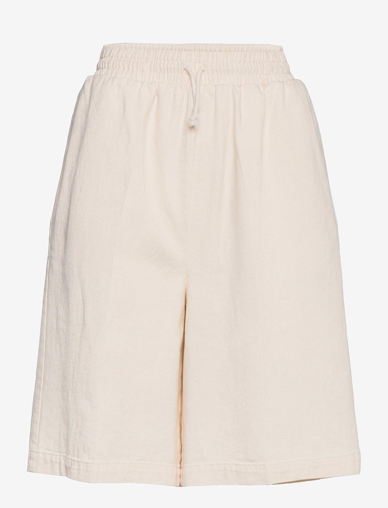 ICHI - IHGALENA SHO - casual shorts - pristine - 0
