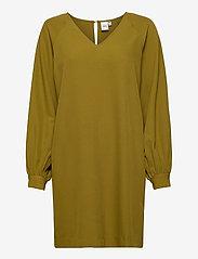 ICHI - IHBANNE DR3 - midi dresses - fir green - 0