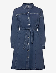 ICHI - IHGULIA DR MED BLUE - denim dresses - medium blue - 0