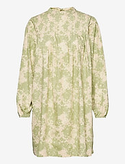 ICHI - IHYULIANA DR - summer dresses - swamp - 0