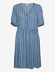 ICHI - IHMARRAKECH AOP DR7 - summer dresses - coronet blue - 0