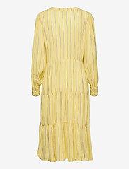 ICHI - IHFLORINDA DR - midi dresses - golden mist - 1