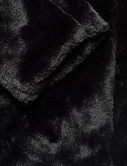 ICHI - IHHAYA JA - faux fur - black - 3