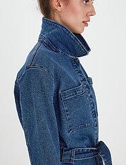 ICHI - IHNICOLE JA - denim jackets - medium blue - 5