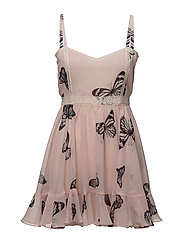Alisha Dress - Soft pink butterfly