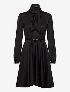 Shiver Dress - lyhyet mekot - black