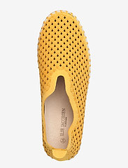 Ilse Jacobsen - Flats - slip-on sneakers - golden rod - 3